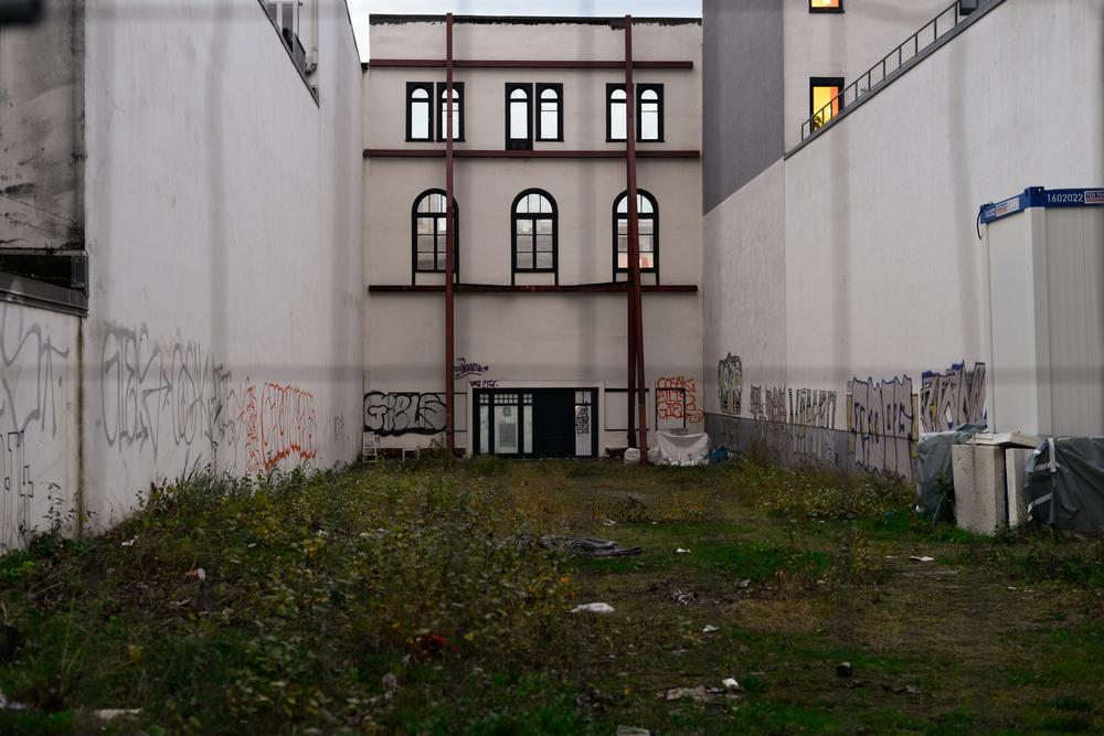 Jörg - Spekulative Leere