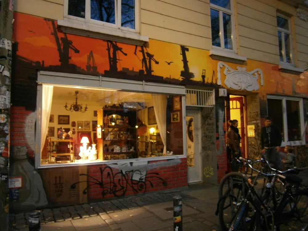 Anica - Die Rückkehr des Antikladens (Graffiti)